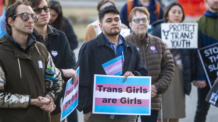 Anti-transgender birth certificate law violates order, judge rules. Download the app or click on https://t.co/N176lLVezh to read this article from NBC. https://t.co/85QFijSxMc