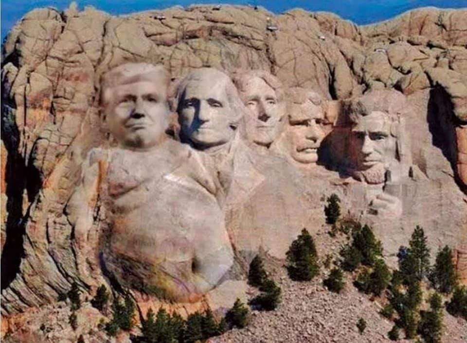 There's only so much mountain they're abl to work with.  #TrumpOnMtRushmore   #DoNothingPresident #AdiósPendejo! #DonnyYoureOutOfYourElement #Donorrhea #STFUDonny #45thDegreeRacist #Cult45   #GoJoe #JoeBidenForPresident2020 #2020Vision #VoteBlueNoMatterWho2020pic.twitter.com/WzPJldA3xE