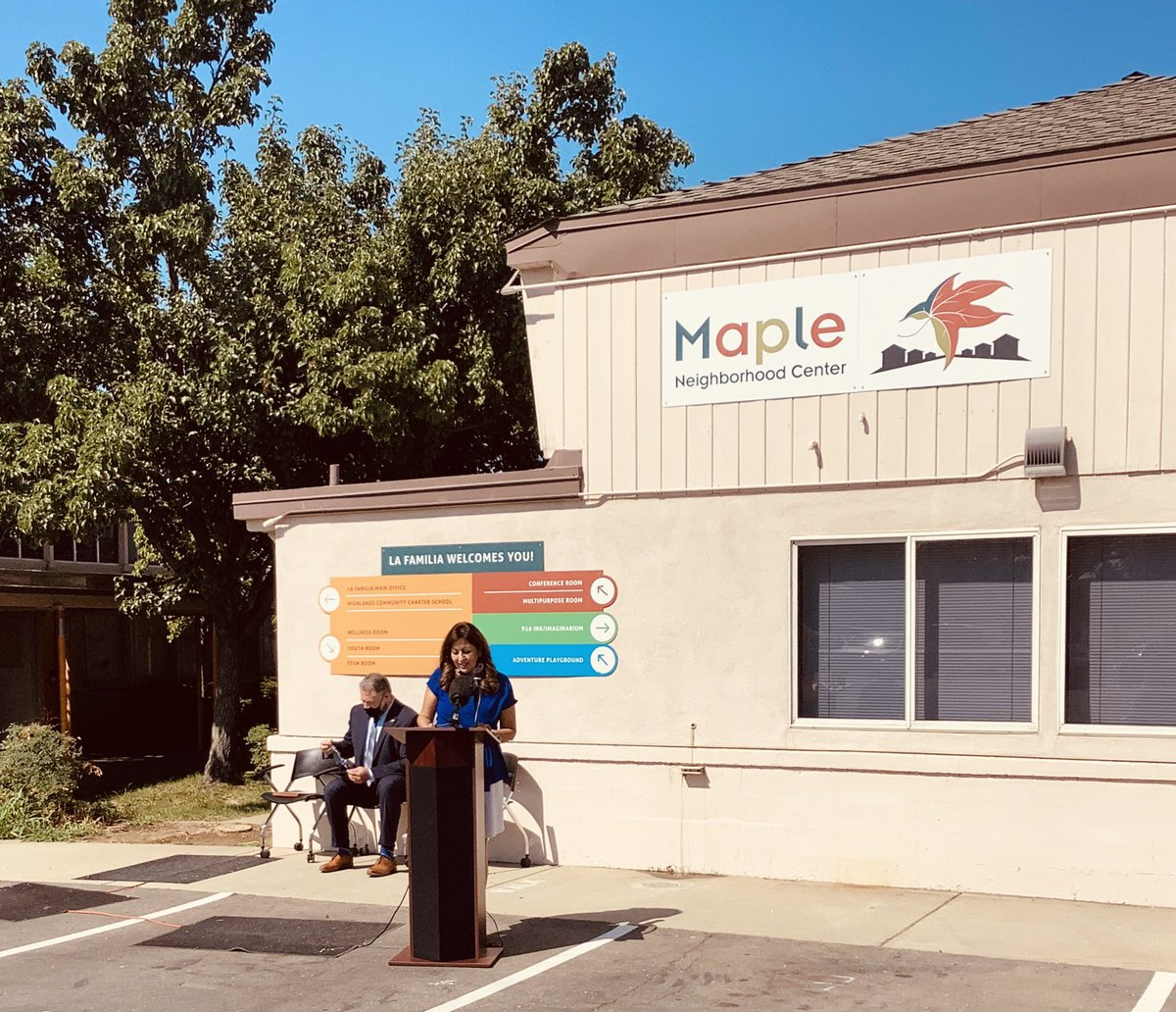 Regional Administrator Christopher Patterson announced the designation of La Familia Counseling Centers Maple Neighborhood Center as a HUD-approved EnVision Center today! Thank You @HUDgov for this designation! https://t.co/WYoFm5wccE
