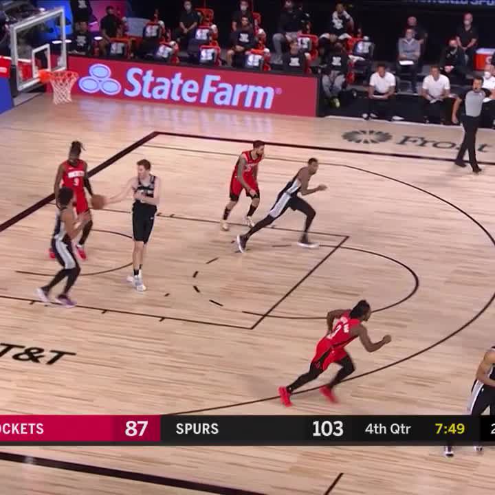 THIS. SEQUENCE.  13-0 run for the Silver & Black! https://t.co/AS4zZNgZPd