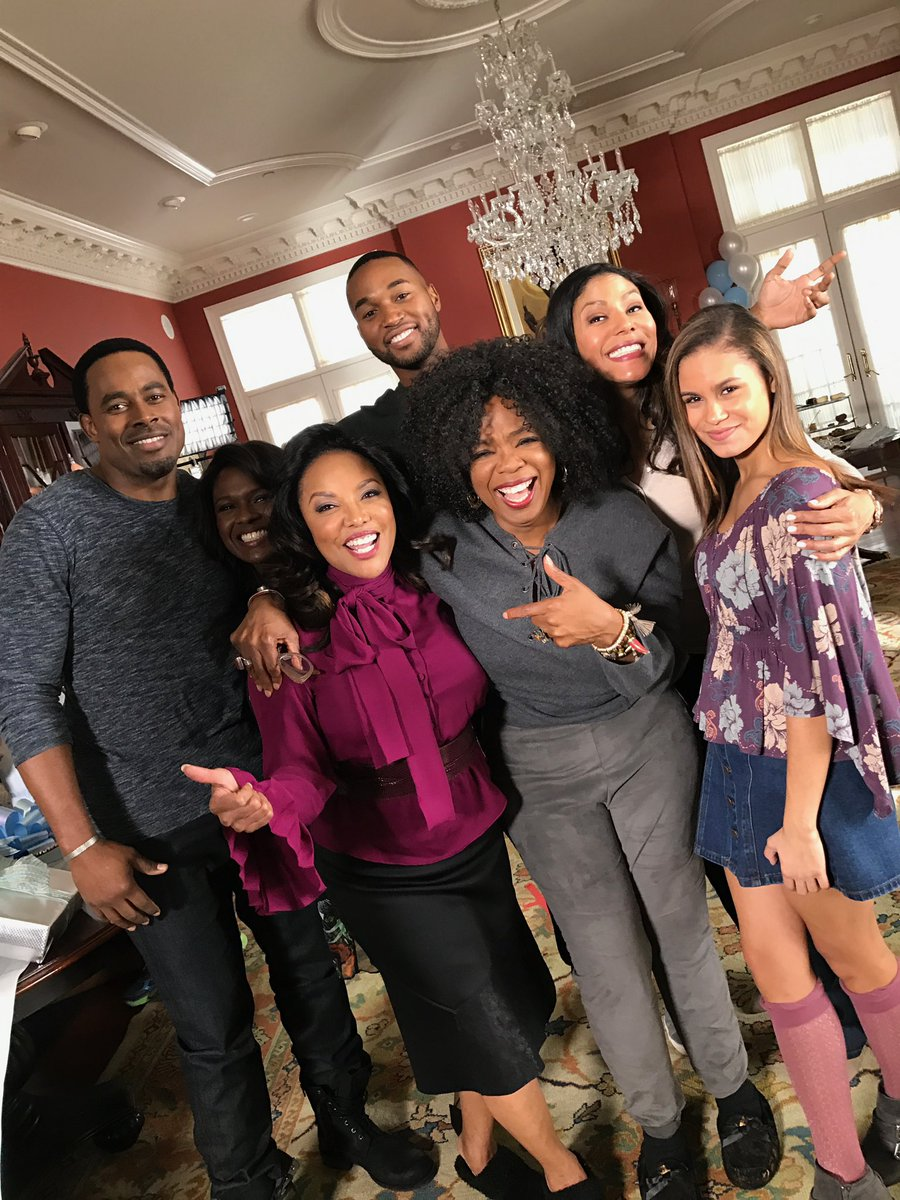 We have a wide range of experiences within our community. The characters & actors on this show did that in their own way for five whole seasons. So to the actors, writers, creators, producers, crew, and fans: Take your bow. We did that. #GreenleafOwn https://t.co/FCoy0PMRxR