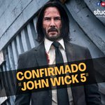 Image for the Tweet beginning: Keanu Reeves seguirá al frente