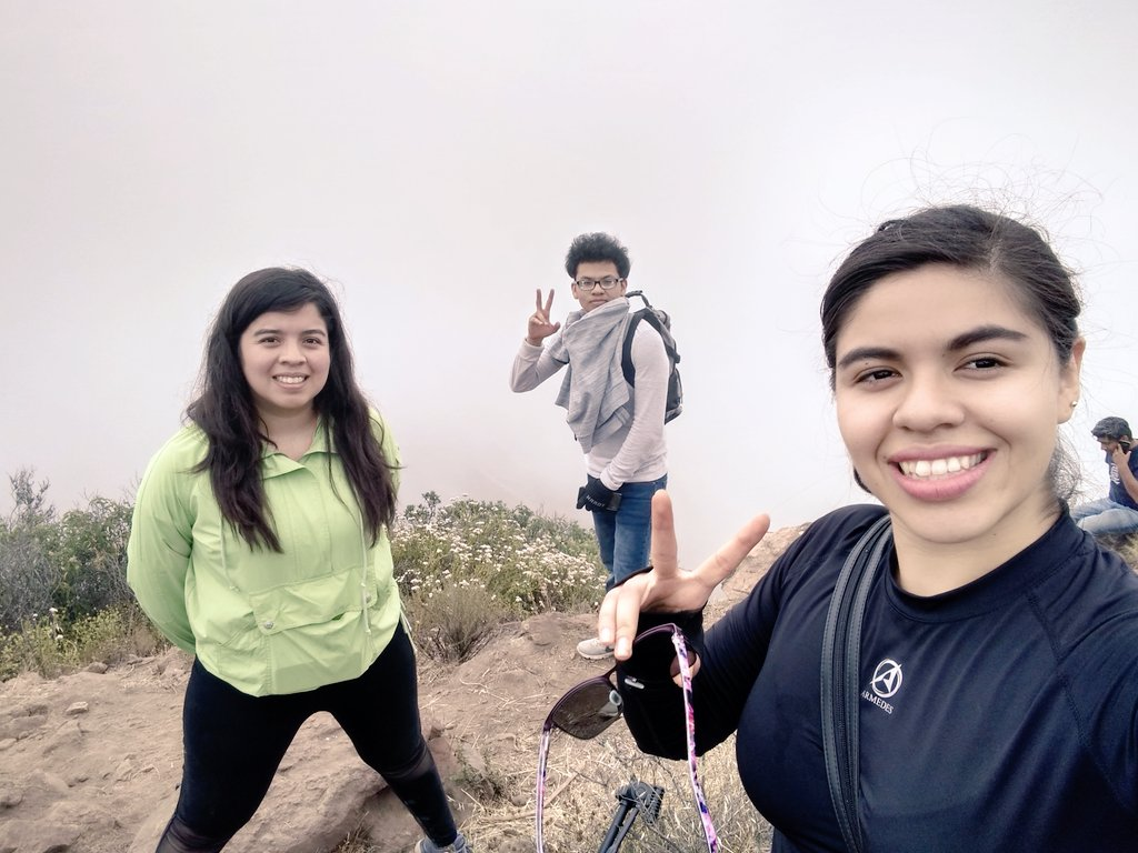 Siblings   #hiking #nature #lovepic.twitter.com/UiSi0BT1bT