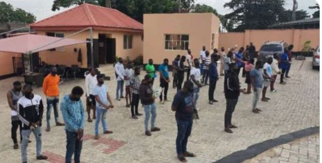 JUST IN: EFFC arrests 3 corps members, 19 undergraduates, 10 others for 'fraud' https://t.co/A9eY3Q3gPc https://t.co/CpHKqVVTzM