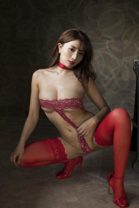 グラビアアイドル森咲智美のTwitter自撮りエロ画像10