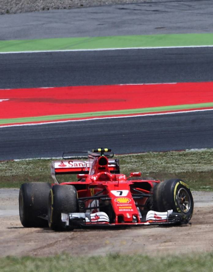 🏁 #Formula1 🏁  #SpanishGP 🇪🇸 up next!   Remembering six-year-old #ThomasDanel:   #KimiRaikkonen turns a young fan's tears to smiles | 2017 Spanish GP https://t.co/lKYPZPcZbV