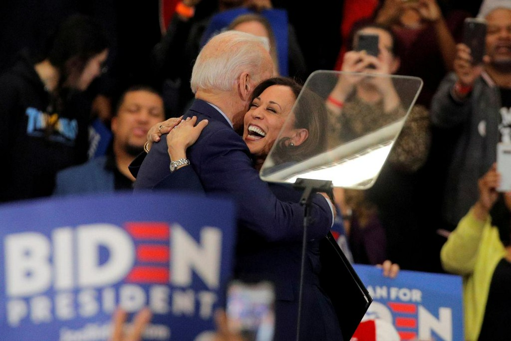 Democrat Biden and new running mate Harris to make first campaign appearance https://t.co/0ek37ozssi https://t.co/AnOfDHtDOm