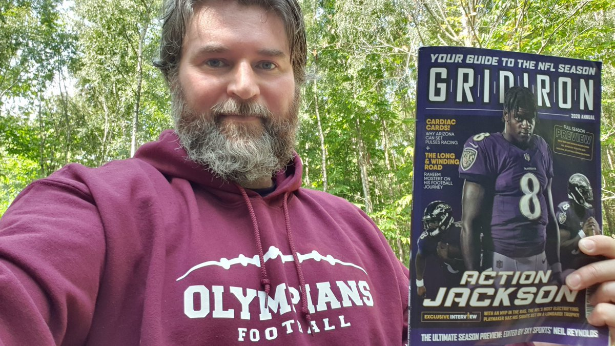 Getting out of #southlondon and relaxing in the great outdoors with @gridiron magazine. Loving this guide to an unprecedented #nfl season with predictions and team breakdowns from @neilreynoldsnfl. 🙌🌲🏈🇬🇧 #londonolympians... #nfluk #ukgridiron https://t.co/cFiTcIJBqp