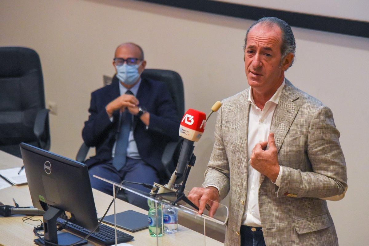 #venezia Bonus Inps ai consiglieri, Zaia: «Li inc...