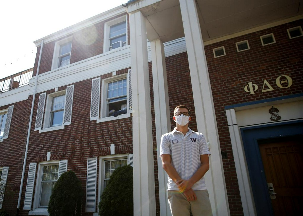 Coping with campus coronavirus: U.S. fraternities, sororities give it the old college try https://t.co/DVn5t0r7Le https://t.co/EwWmHIRuiM