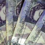 Image for the Tweet beginning: Coronakrise udløser britisk recession for