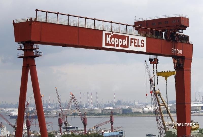 Temasek escaped a $3 bln deal for rig-builder Keppel, citing a MAC clause. It avoids setting an unrealistic valuation that would complicate consolidation. Singapore's offshore sector can get its fix in less value destructive ways, says @ugalani: https://t.co/jrwsC1vjI1. https://t.co/TmeUP8Focg