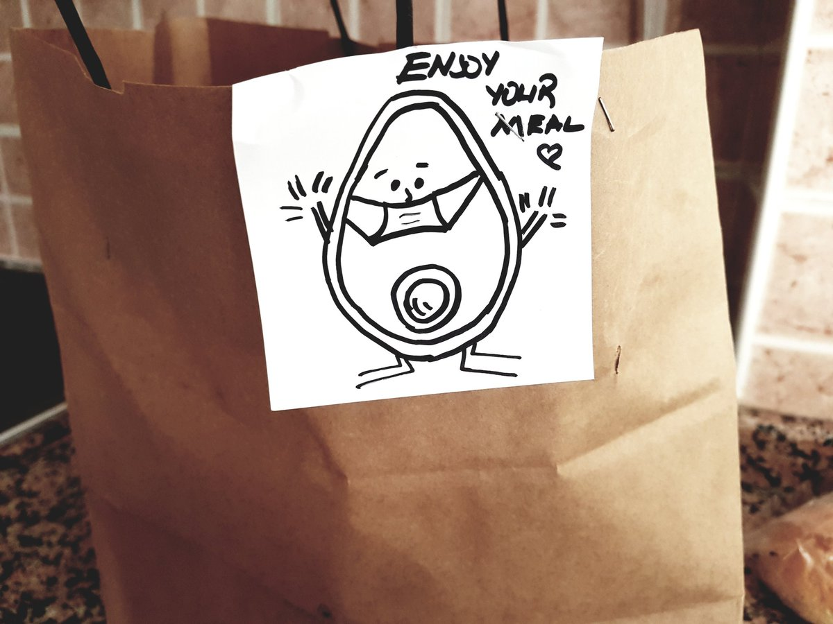 Love the visual note on your takeaway packs @avokadobar !!  #healthymeal #visualnote #visual #takeaway #istanbul #StayHomepic.twitter.com/1CYQX4Ctbc