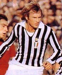 Francesco #Morini 🇮🇹 é nato a San Giuliano Terme (PI) il 12 agosto 1944. #Difensore della #Juventus dal 1969 al 1980, 372 presenze. 5 #scudetti 1 #coppaItalia 1 #coppaUefa.  Tanti auguri per il tuo 76º compleanno #Morgan da https://t.co/noBt6DQ70v.  https://t.co/AfatE0JxXr https://t.co/P061aX6hfl