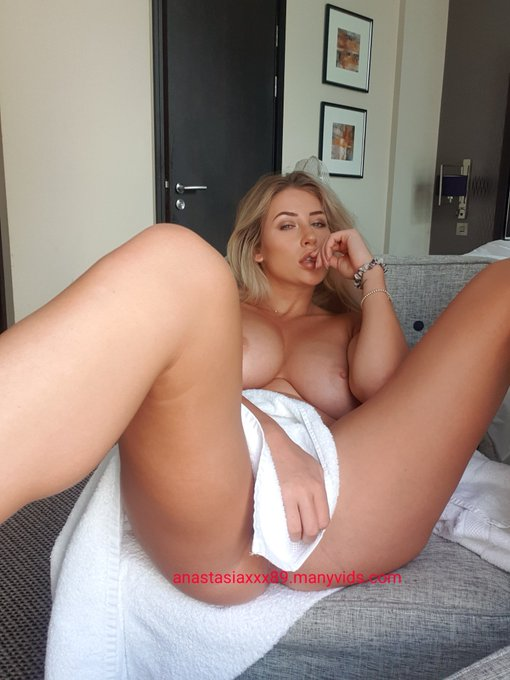 Indulge 😈  Link in comments for 25% off my videos https://t.co/8ZiqTEZdfB
