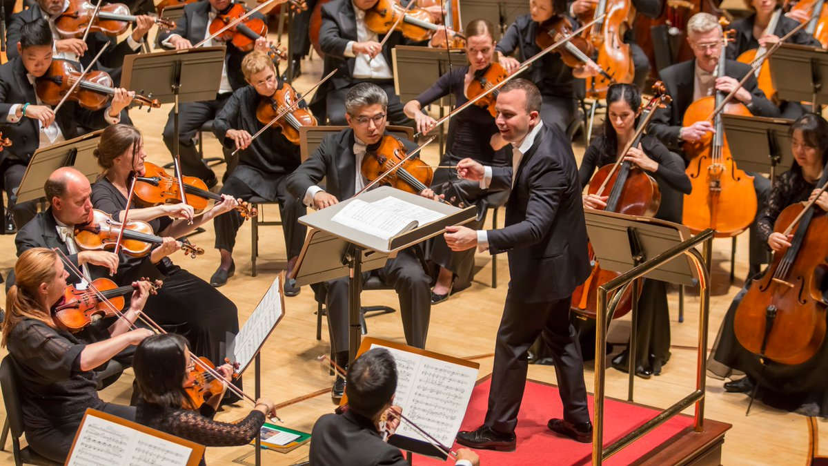 Tonight at 7 PM, join us for Barber's Adagio for Strings (2014) and Shostakovich's Symphony No. 5 (2013), masterfully led by Yannick @nezetseguin. #TuneIn at https://t.co/hTT535dmoM. https://t.co/ebE8uy2Gss
