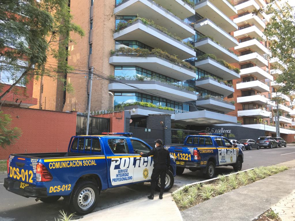 test Twitter Media - #LHActualizada FECI realiza operativo en edificio de zona 14 👉🏼https://t.co/x027pNweHIFoto: La Hora/José Orozco https://t.co/BPqdYK8WOl