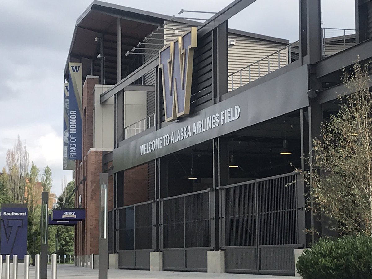 The @pac12 has nixed fall sports & 'spring football' may also be a stretch - we are live @ Noon @KIRO7Seattle w/ more reaction to the major moves to suspend, cancel & postpone college sports due to #coronavirus #covid19 https://t.co/geYzijraV9