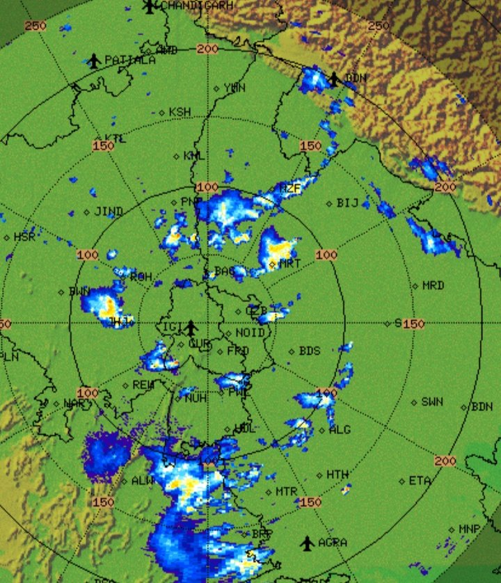 After heavy #DelhiRains,  Currently raining heavily over #Meerut, #Muzzafarnagar, #Sonipat, #Baghpat ,#Jhajjar and #Rohtak.  More rains to pour this night over west #UttarPradesh, #Haryana and #NCR. Some parts likely to receive heavy rains too while sadly some may remain dry. https://t.co/7Hayk8C3Wn