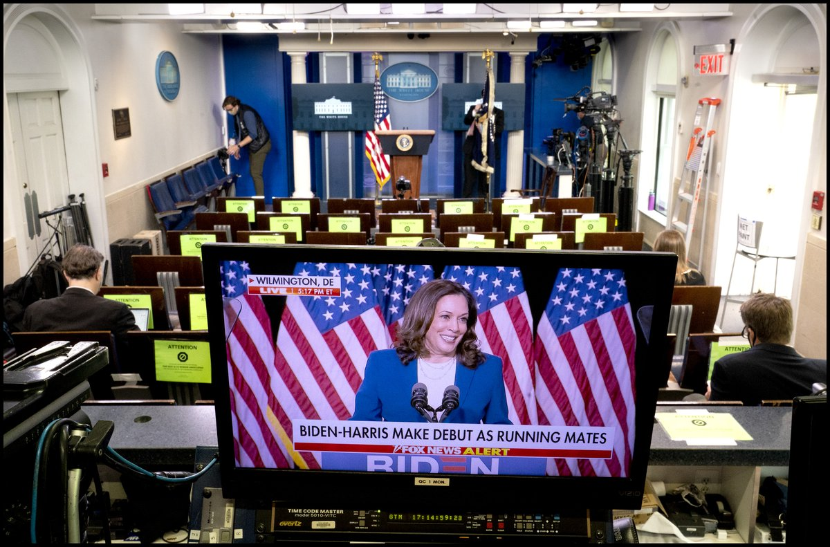 Vice Presidential candidate Sen. Kamala Harris speaks from Wilmington, Del. with her running mate Vice President Joe Biden, as the White House briefing room is set up for President Donald Trump's press conference. https://t.co/pzjbh09lTf