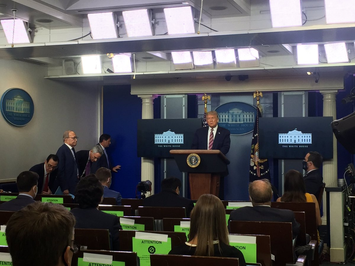 #HappeningNow: @realDonaldTrump holds press briefing. In attendance; Mnuchin, Kudlow, and newest member of Covid TaskForce, Dr. Atlas. POTUS: - 300 federal judges approved in first term - US has recovered the fastest economically compared to leading world economies @OANN