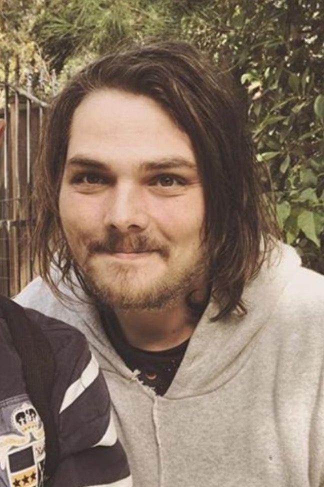 RT @raytorolovebot: thinking about him https://t.co/zGNCKZs7RP
