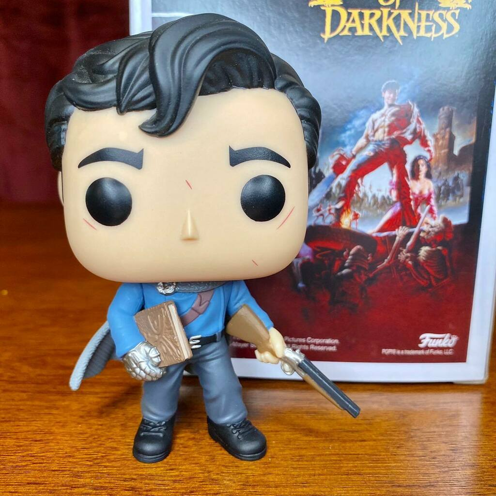 First look at Hot Topic Exclusive Army of Darkness - Ash Pop! . 📸 @htnerdette instagr.am/p/CDz0gFTBsLF/