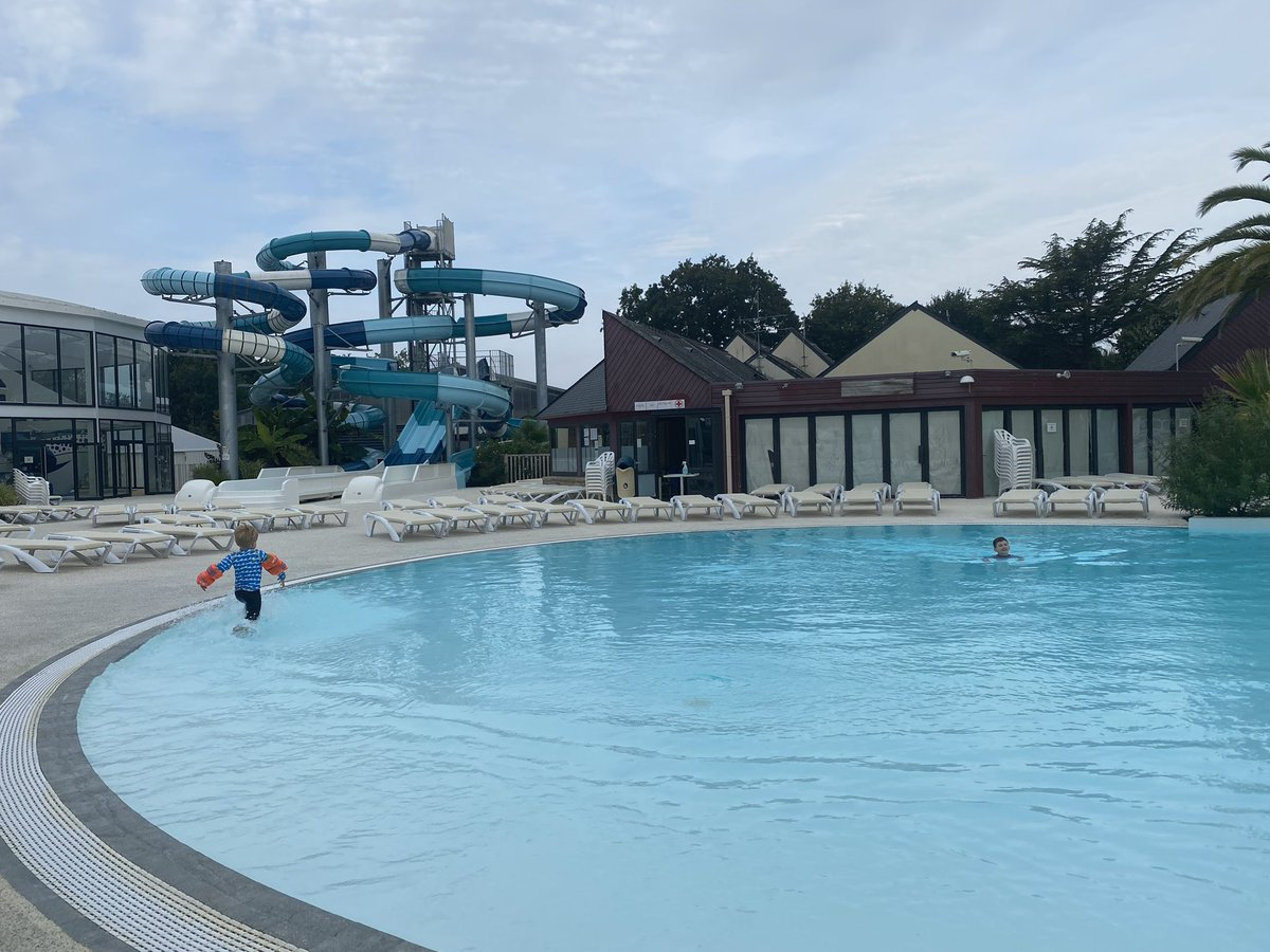 Day 3 - After our adventures over that last couple of days, a pool day was much needed. So that's exactly what we did with @Eurocamp_UK . Our Brittany campsite has a great pool complex with something for everyone inside and out! #eurocampholidays #Frenchroadtrip #familytravel https://t.co/2FoqzmG92E