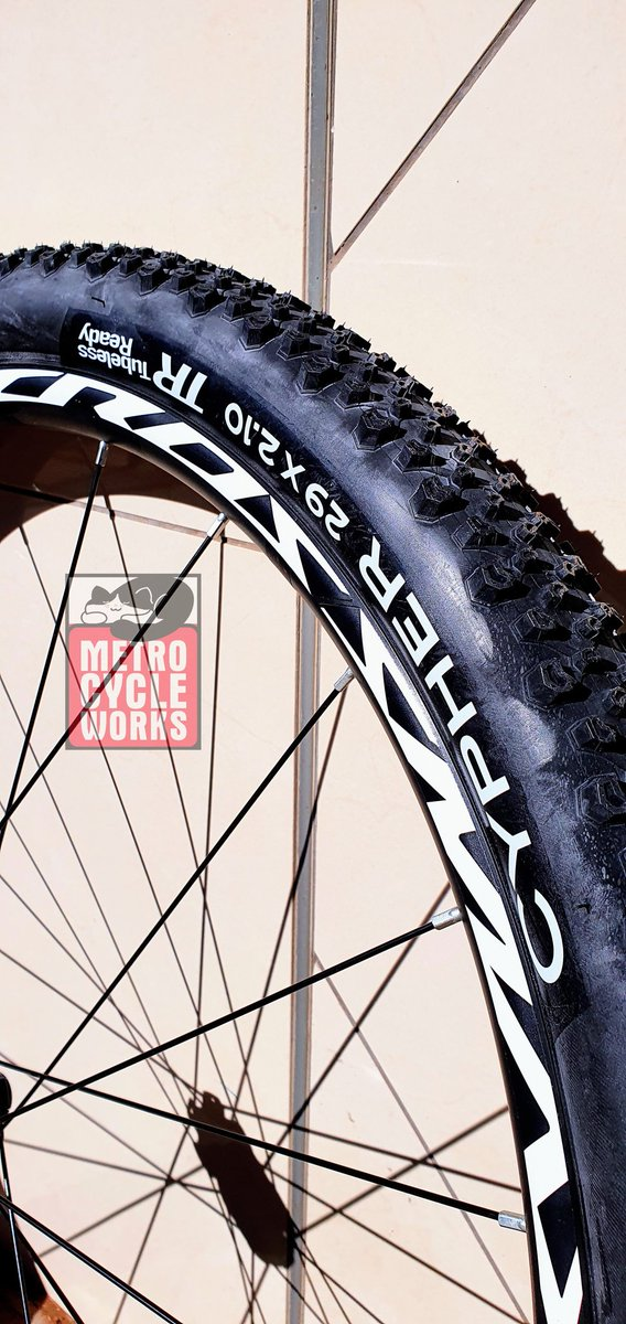 """Tubeless at a budget and these are BUDGET with a capital """"B""""!  #metro_cycles1 #metrocycles #budget #budgetbeater #budgetfriendly #bikelife #bikemechanic #bicyclemechanic #tubeless #instabike #instabicycle #instacycling #vaal #vaaltriangle #vanderbijlpark @CyclesMetro https://t.co/eRZR8UACRQ"""