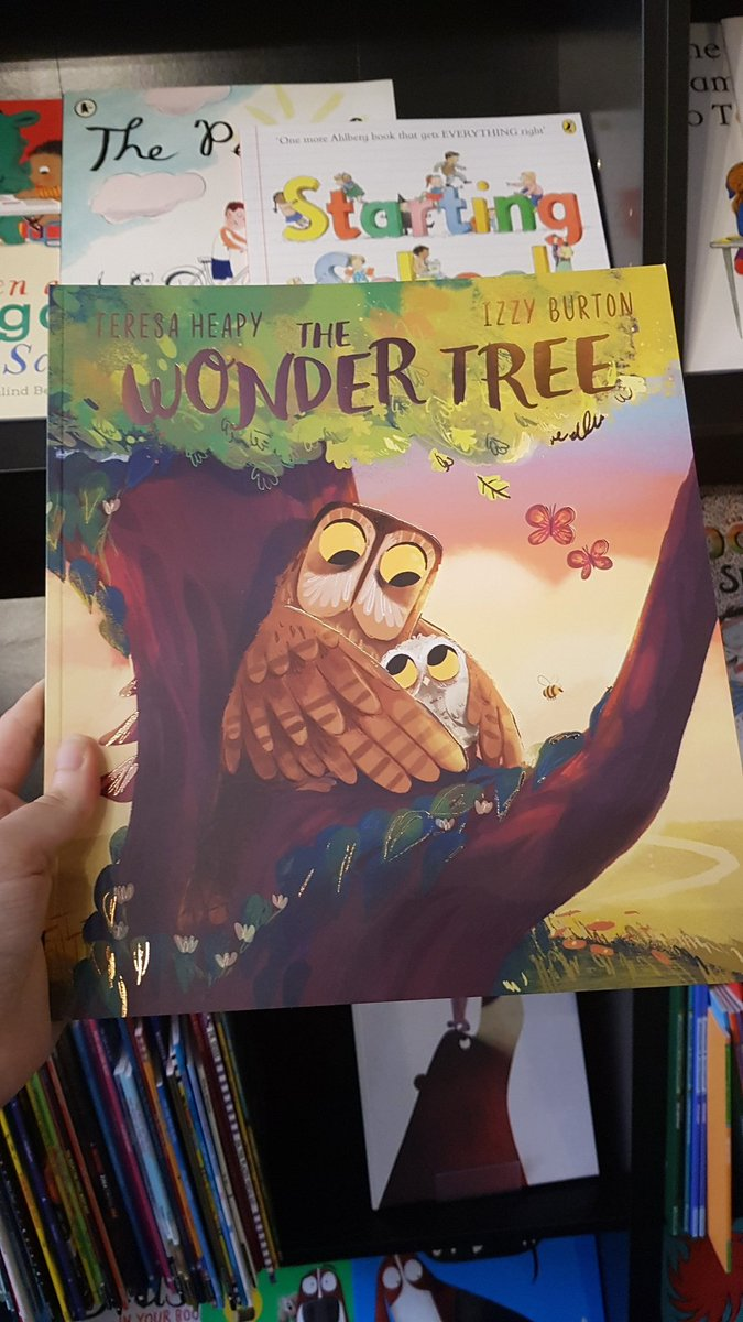 @MissEWhitaker @foxlanebooks @rshipbshop @_Reading_Rocks_ @Mat_at_Brookes @one_to_read @jonnybid @OpenUni_RfP This one may be described as a bedtime story, but its gorgeous and explains the changes in trees as the seasons change.