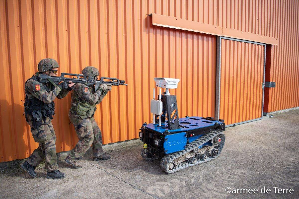 TECDRON travaille aux côtés de nos armées pour apporter de nouvelles solutions dans la protection de nos soldats sur le terrain.