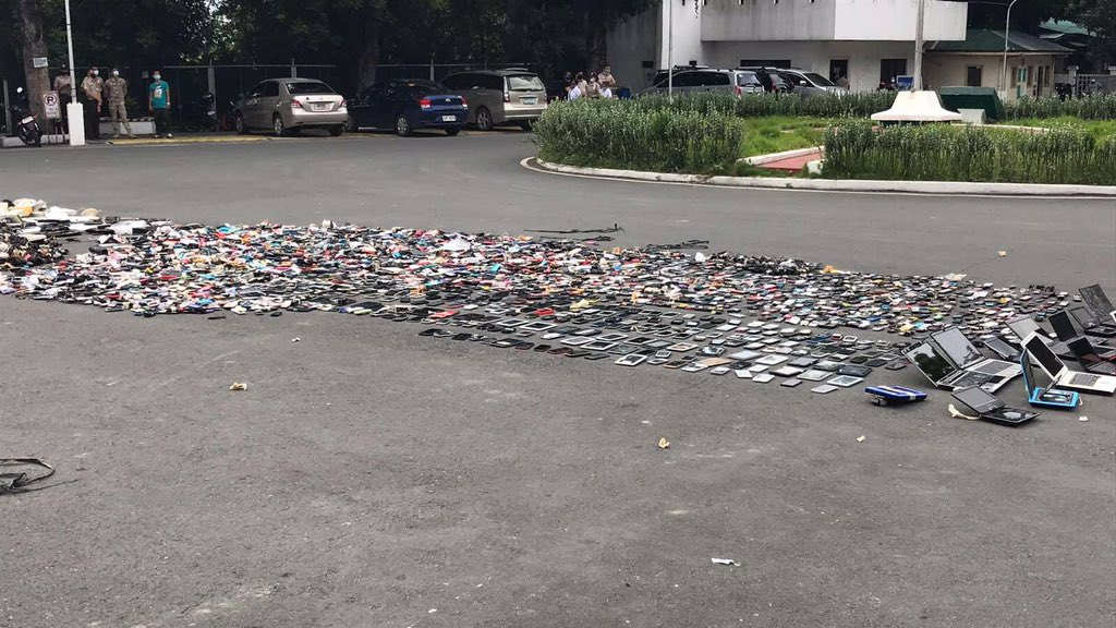 , <b> BuCor destroys thousands of contraband tech as students struggle with &#8216;piso donations&#8217;  </b>