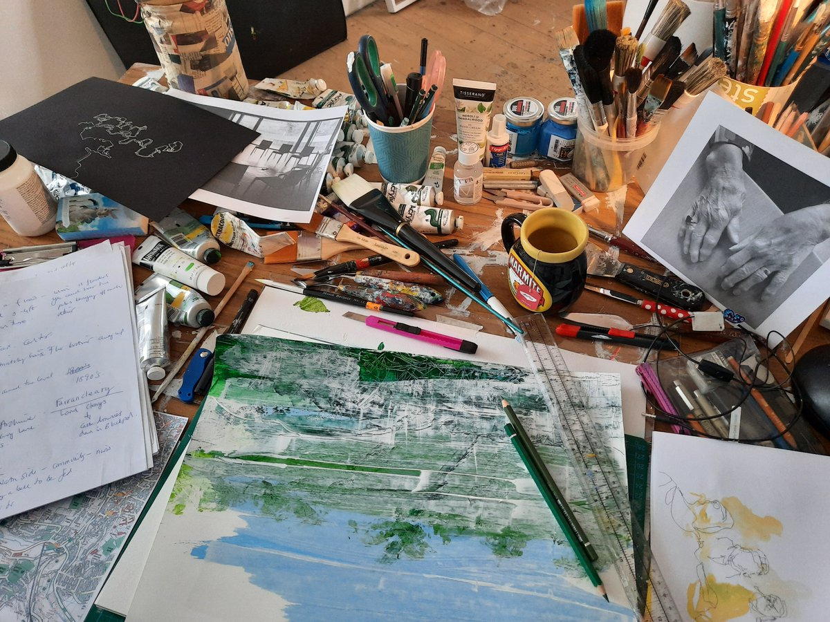 Tales of a City recommences with artist Cassandra Eustace + members of St. Brendan's. In Sept @glucksman will unveil drawings Cassandra created in response to the memories + stories that members shared on the residential development of The Glen in the 60s https://t.co/CVHXjqDQbj https://t.co/InMMtELtI5