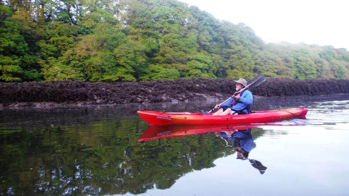 Byways of Cork Harbour: Heritage Trails for Small Boats SUPs & Kayaks. A free online talk for @HeritageWeek Tue 18Aug 8pm. #CorkHarbour is a paradise for small craft with many tributaries leading into all the nooks&crannies of this magnificent Harbour  https://t.co/tS7pvdLd0o https://t.co/iWIze1roym