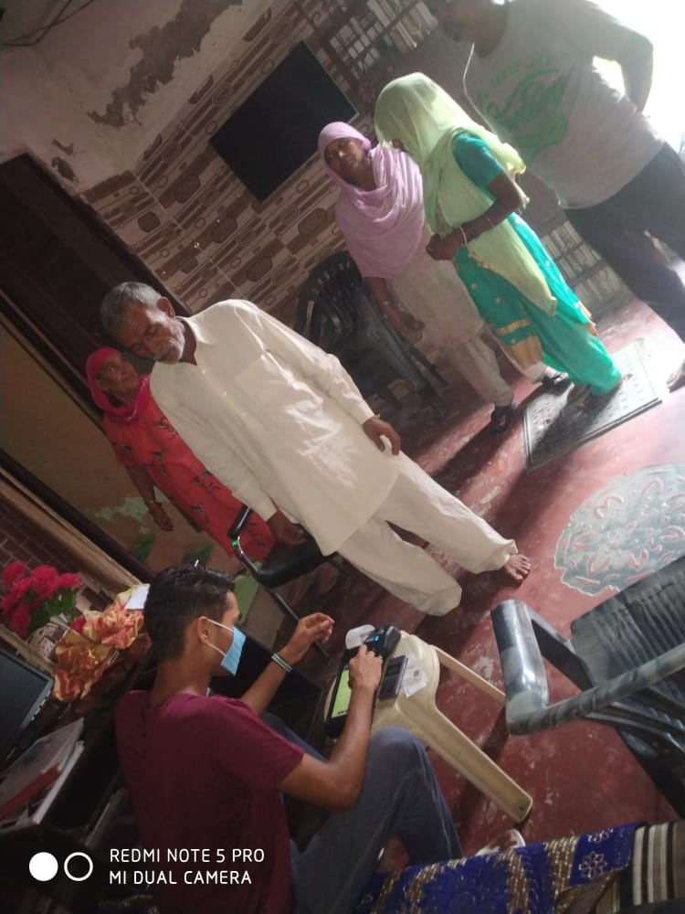 At #csc #csp #axis #bank ward 6 #Kharkhoda  we are providing #financial service to #citizens at their #doorstep. Everyone blessed us. We are thankful to @dintya15 @cscharyana @chhikaramohit01 @AskSonipat @ashi_apple @Prabhjotsidhu85 @parveendhm https://t.co/eDqrPL7fqx