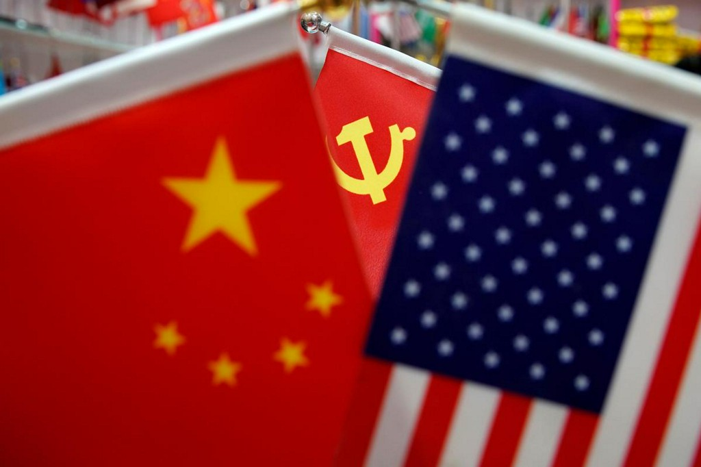 China hopes U.S. will create conditions to implement Phase 1 deal, commerce official says https://t.co/F7d5v7QJMI https://t.co/BIfMuyECPl