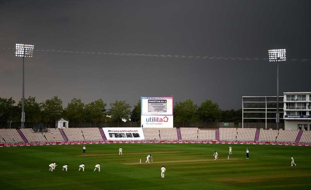 Bad light- Pakistan vs England at Ageas Bowl in Southampton