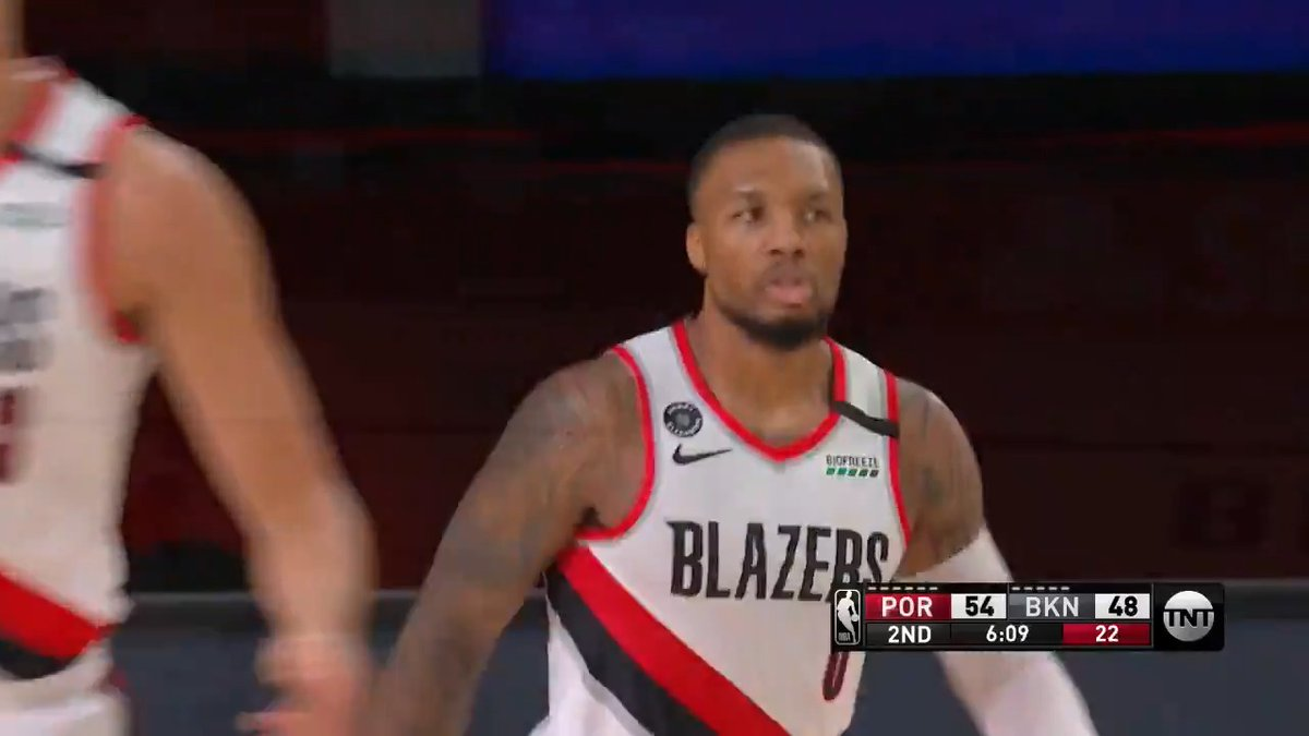 Dame and CJ trading buckets with Caris in the 1st half!  LeVert: 18 PTS, 7 AST, 36.7 FPTS McCollum: 18 PTS, 4 AST, 33.2 FPTS Lillard: 17 PTS, 7 AST, 30.1 FPTS https://t.co/FaZEbS3uDq