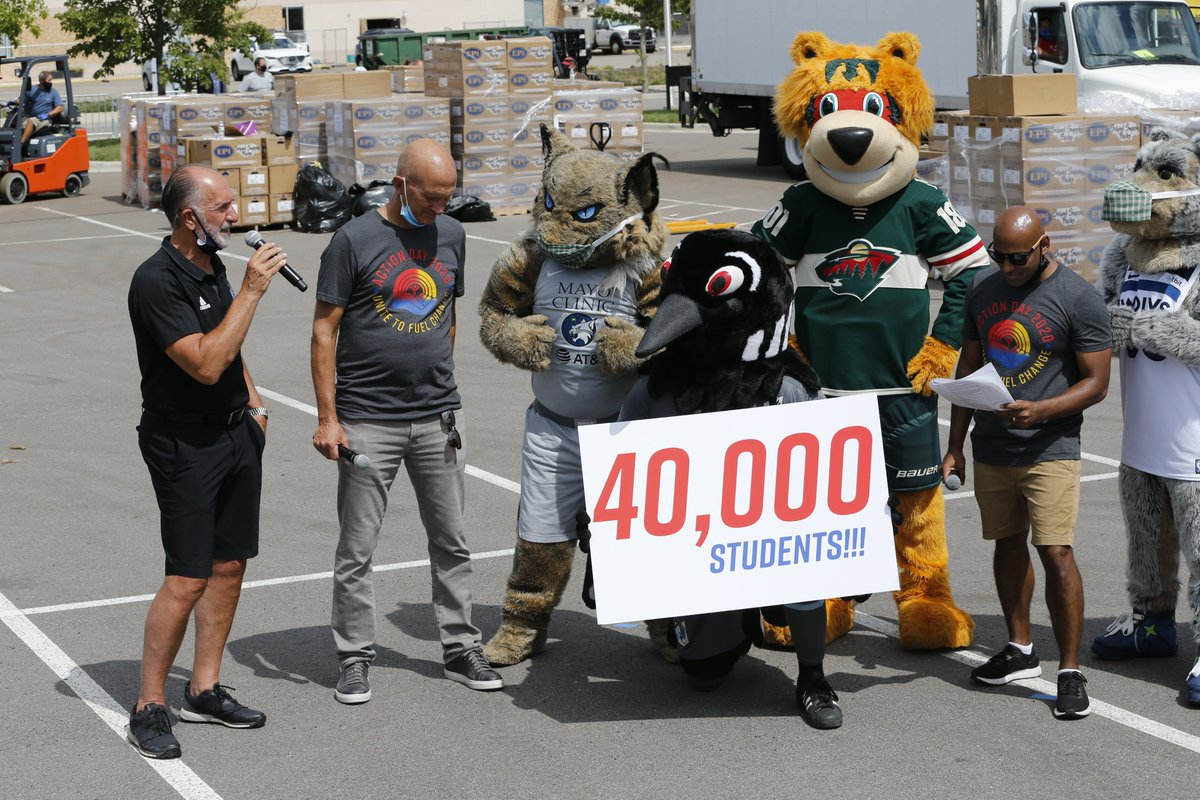 We also want to thank our amazing sports teams partners & their mascots! Thank you to the @mnwild, @Timberwolves, @minnesotalynx, @MNUFC, @Vikings, @StPaulSaints, @Twins for volunteering & helping make this year a success!  A big shoutout also goes to our media partner @fsnorth! https://t.co/CJlzVfH3Uu