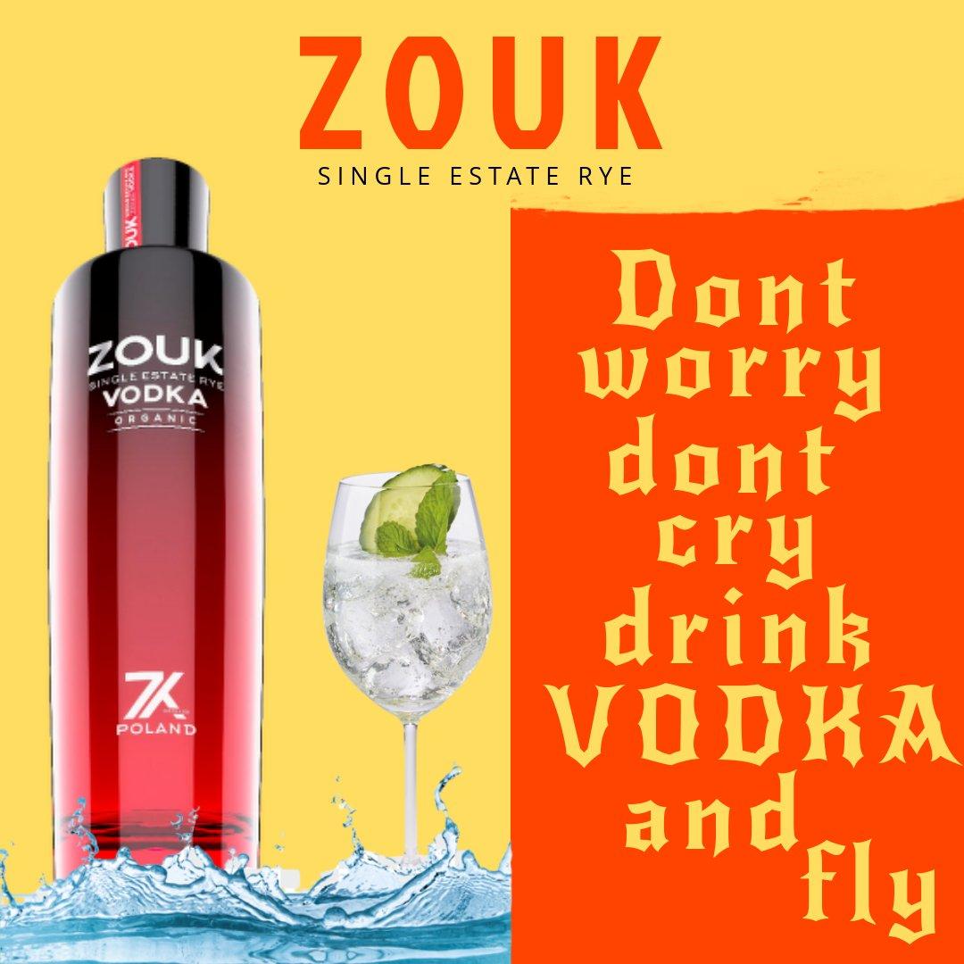 WHEN LIFE GIVES YOU LEMONS ADD VODKA🍹😃🍹 . . . #ZOUKVODKA