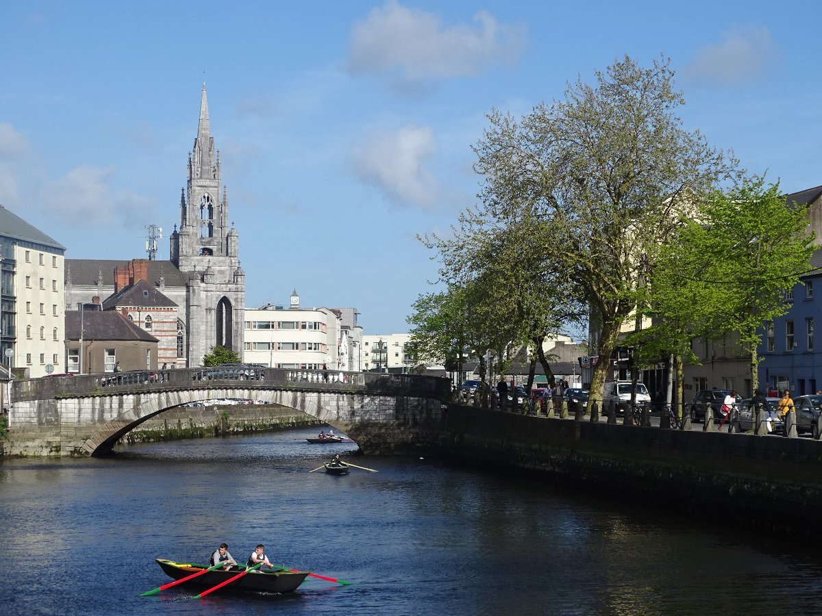 Sat 15 Aug 1pm FREE online talk: The River Lee & Cork City - Stories of the Past with local historian Cllr Kieran McCarthy #corkheritage #heritageweek #riverlee #CorkCity #purecork  Register here: https://t.co/exubnp3Trr https://t.co/tgJQJoO6d1