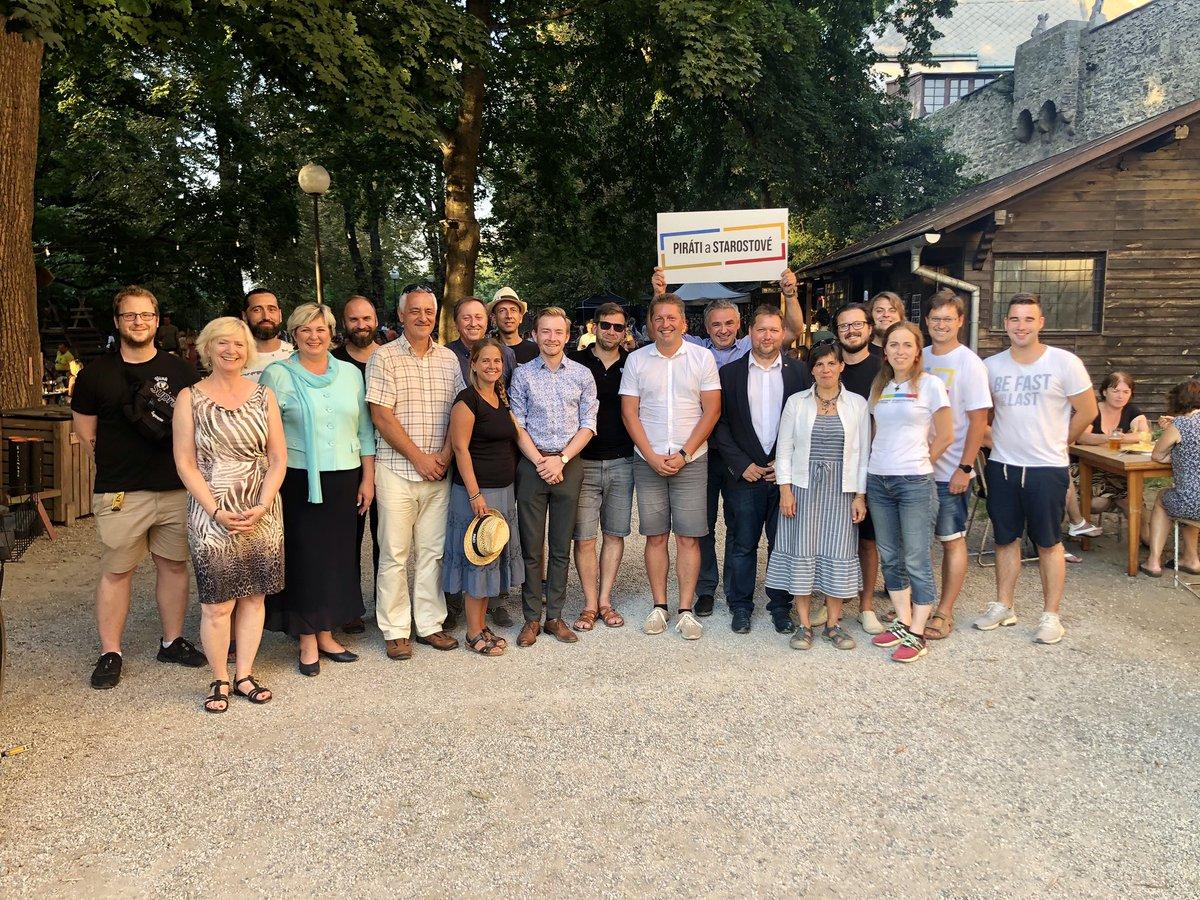 Včerejší setkání @PiratiSTAN v krajském městě - Olomouc #setkani #piratiastarostove #piratiastarostoveolomouckykraj #tvorinebudoucnost #olomouckykraj #olomouc https://t.co/QctUePcFuR