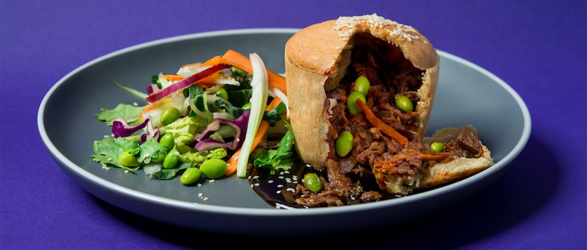 Pubs are pushing aside the steak and kidney in favour of pulled jackfruit with hoisin sauce in this round-up of the latest vegan options for pub grub thecaterer.com/products/pints…