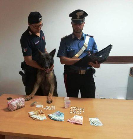 Ai domiciliari spaccia crack e cocaina, arrestato un uomo a Palermo - https://t.co/4BBbDUKyoc #blogsicilianotizie
