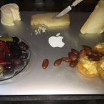 Image for the Tweet beginning: Mac n cheese #notwhatiordered