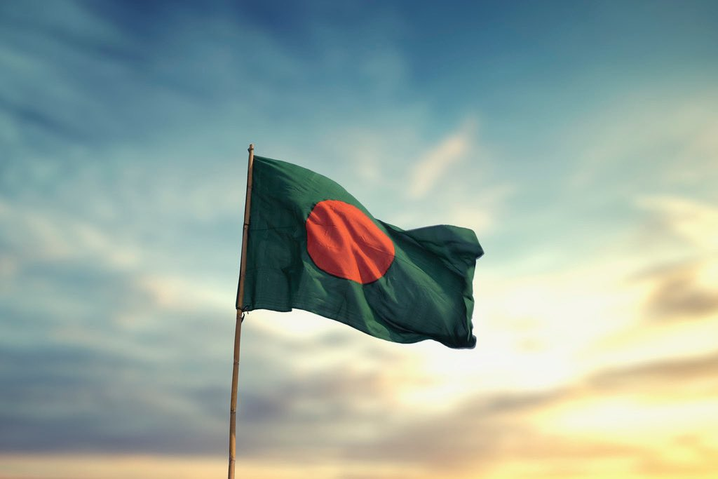 #countryoftheweek goes to Bangladesh! Besides its beautiful sites, Bangladesh's population is 163,187,000, making it the 8th most populous country in the world 🌍 #travel #Bangladesh #beautiful #worldnews https://t.co/iT50W2BHgC