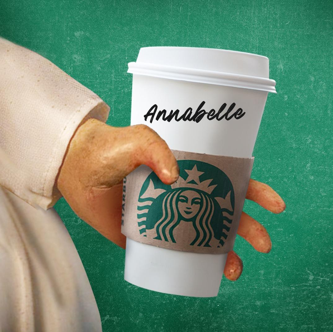¡Ya sabemos donde está #Annabelle! 🙌 Vino por su bebida favorita y su Dúo Starbucks.💚 Si ella vino por el suyo ¡Tú que esperas! ✌️ https://t.co/xavruuVi7v