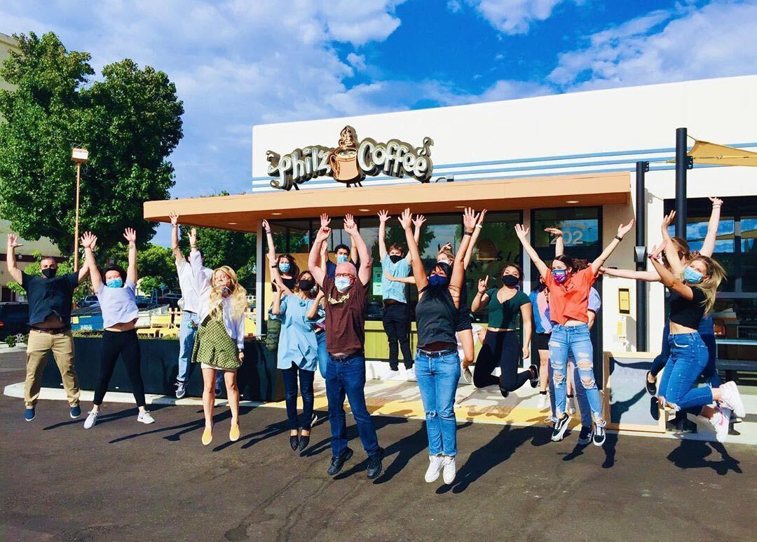 Raise your hands if you've got the #fridayphilz and are ready for the weekend! . Shout out to our new Philz team in Old Towne Orange, congrats on your first official day open. . #fridayvibes #howdoyouphilz #philzapp #friday #philzway https://t.co/MX0qgqf7BM