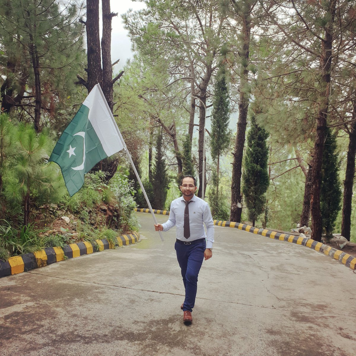 Wishing all of you a very Happy Independence Day 🇵🇰  ~ ♧ ~ • • • • • • • • • • #Pakistan #Happy #Independence #day #14August #2020 #nature #pak #army #pakarmy #flag #jashneazadimubarak https://t.co/tBSEc9t928