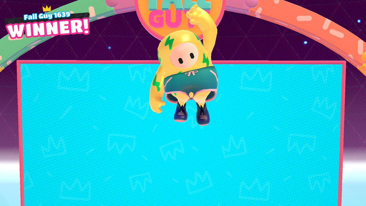 My First Win Guys 😭 @FallGuysGame is my favorite game now. Streaming soon on YouTube 👑